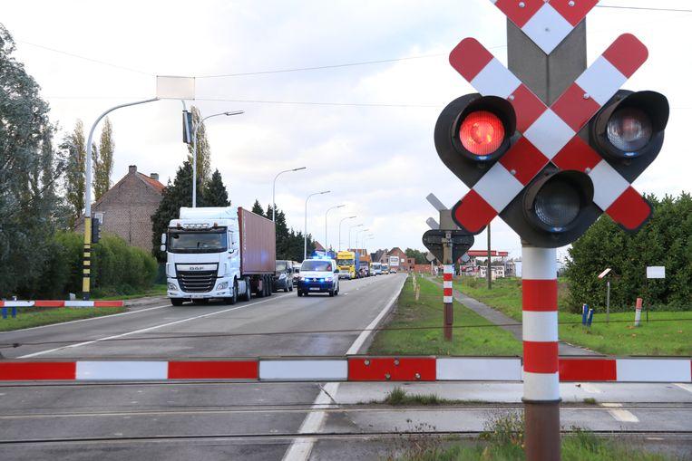 De spoorwegovergang op de N70 in Melsele gaat enkele dagen dicht voor herstellingswerken.