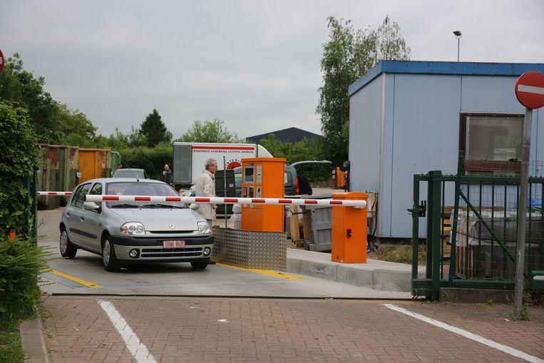 Het recyclagepark van Halle aan de Robert Lariellestraat was de voorbije weken het doelwit van inbrekers.