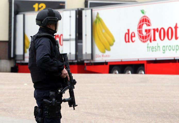 Weer drugs gevonden in fruitcontainer bij De Groot in Hedel BD