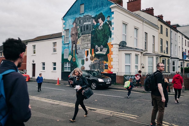 Een pro-Ierse muurschildering in Belfast.