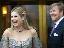 Máxima zingt graag hard in huis, vertelt Amalia in interview met Van Nieuwkerk