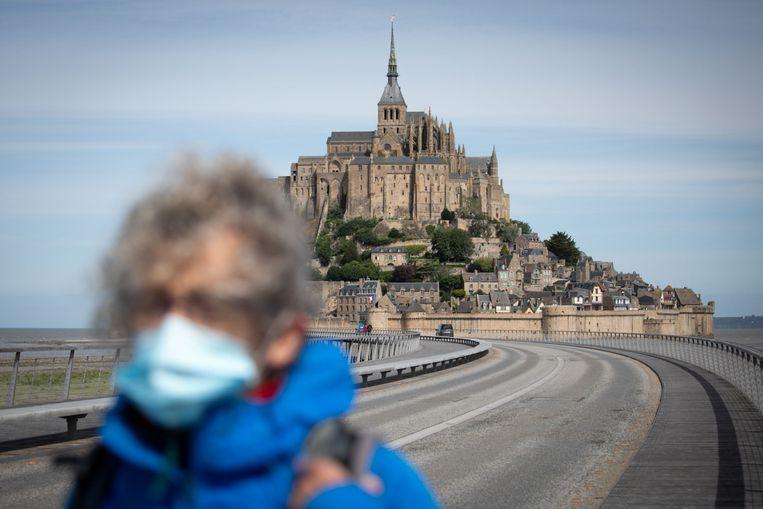 Enkele sites zoals de Mont-Saint-Michel zijn sinds dit weekend weer open voor het publiek.