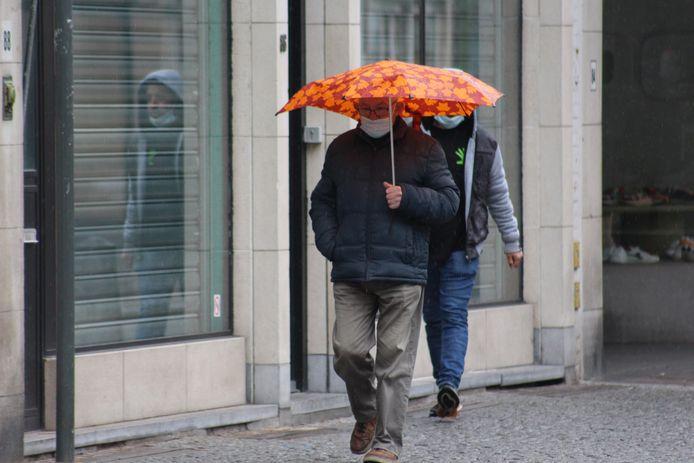 Heropening terrassen Brugge: regenweer zorgt voor een kleine domper