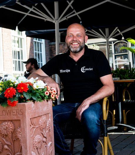 Zutphens café Camelot weekend dicht vanwege coronabesmetting: 'Het kan bij elk bedrijf gebeuren'