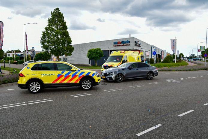 Op de kruising Nieuwgraaf met de Dijkgraaf in Duiven heeft donderdag aan het begin van de avond een ongeval plaatsgevonden.