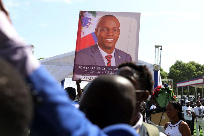 Beeld van de uitvaart van de vermoorde Haïtiaanse president Jovenel Moïse.