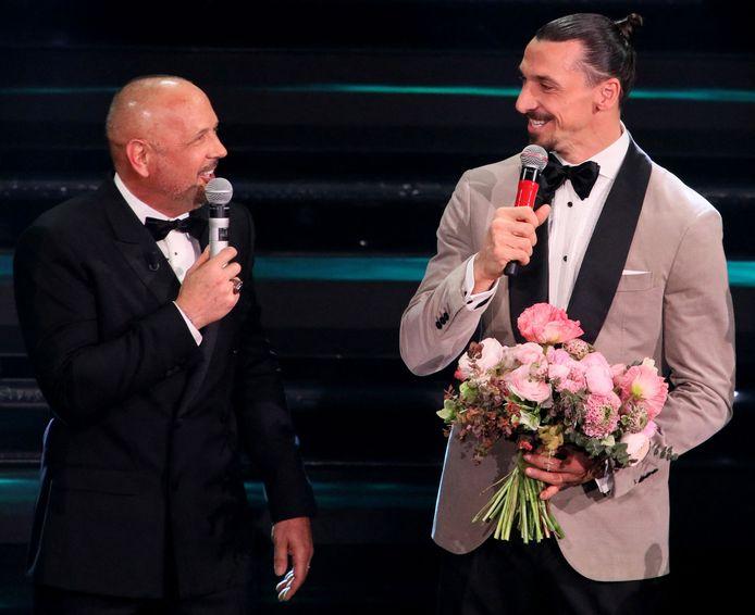 Zlatan Ibrahimovic (r) in duet met Bologna-coach Sinisa Mihajlovic.