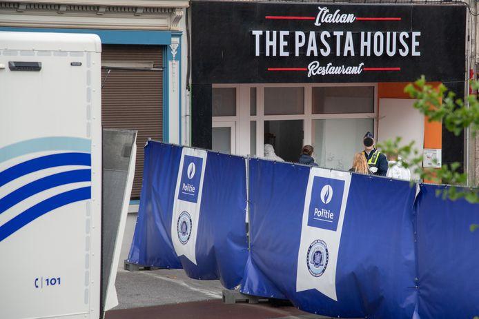 In augustus 2020 werd de gevel van The Pasta House op de Turnhoutsebaan in Deurne onder vuur genomen. De eigenaar zit ondertussen zelf in de cel voor cocaïne-invoer.