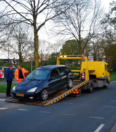 Auto's beschadigd bij botsing in Wageningen