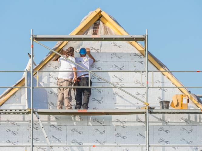 Opnieuw donkere wolken boven bouwsector na coronaklap: bouwmaterialen tot 30 procent duurder