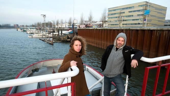 Woonboten moeten weg uit Nieuwe Haven in Arnhem: 'Ik begrijp dat het hier gevaarlijk is, maar ik wacht al 12 jaar op nieuwe plek'