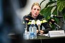 Districtchef van politie Baronie Frederiek Schouwenaar tijdens de persconferentie.