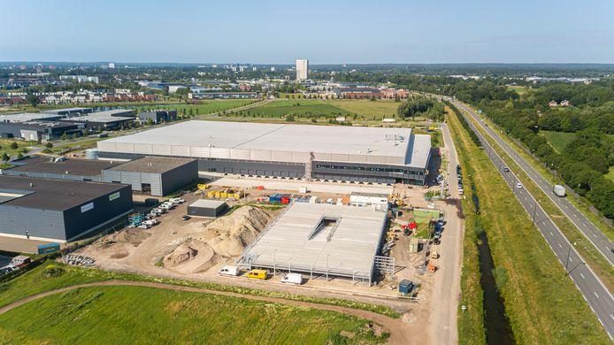 De nieuwe hoofdvestiging van Welkoop in Apeldoorn omvat 25.000 vierkante meter.
