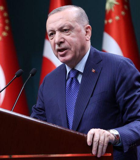 """Le chef du gouvernement italien qualifie le président turc Erdogan de """"dictateur"""""""