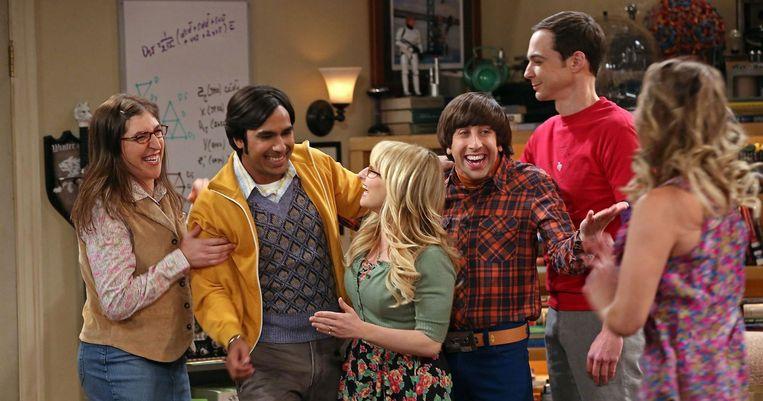 De cast van The Big Bang Theory: Mayim Bialik (Amy), Kunal Nayar (Rajesh), Melissa Rauch (Bernadette), Simon Helberg (Howard), Jim Parsons (Sheldon) en Kaley Cuoco (Penny).