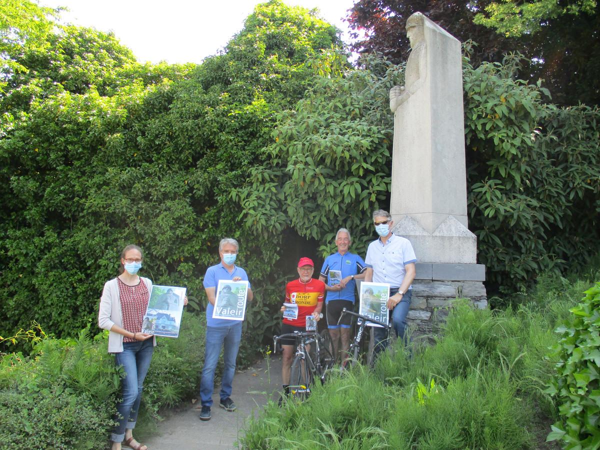 De 42 kilometer lange tocht start bij het beeld van Valeir aan het gemeentehuis van Gavere.