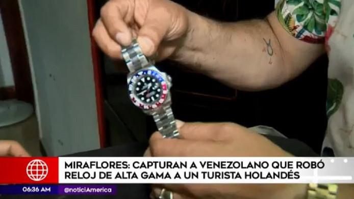 Een duur horloge dat de Peruaanse bende tevergeefs probeerde te stelen van een Peruaanse zakenman voor de deur van diens woning in de wijk Miraflores.