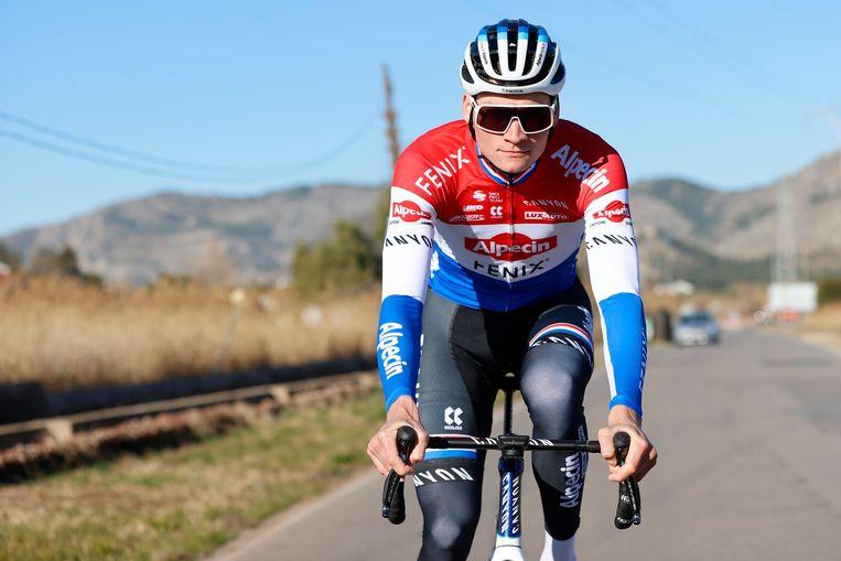 Mathieu van der Poel trainde met zijn ploeg Alpecin-Fenix de voorbije dagen in Benicassim, Spanje. Beeld Photo News