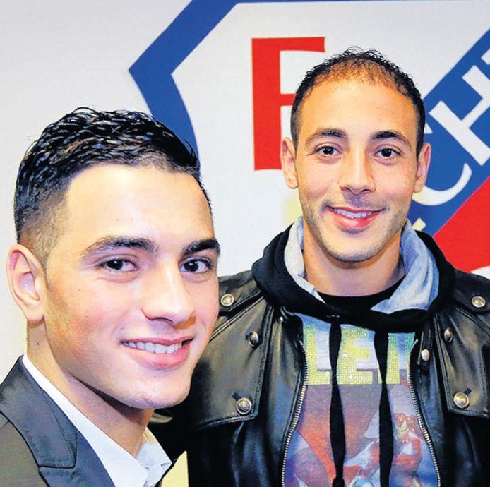 Sofyan Amrabat (links) en zijn broer Nordin.
