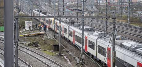 La SNCB prévoit une hausse des tarifs, moins de trains et la fermeture de guichets