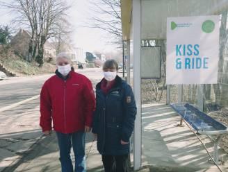 Parkeerplaatsen aan vaccinatiecentrum maken plaats voor kiss&ride-zone, buurt start petitie