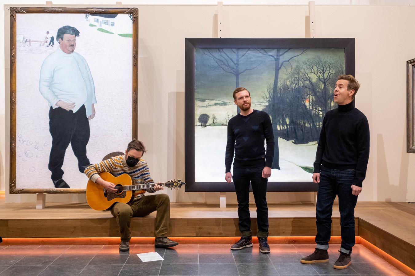 Jelle Cleymans en Jonas Van Geel zingen Wij Zullen Doorgaan bij de her-heropening van Kunstuur
