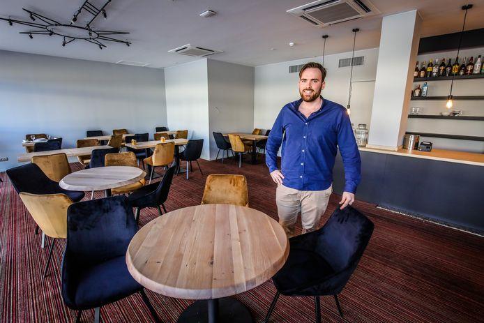 Tea-room en bar Morning Star in het vroegere Parkhotel: Jan Laurens Verleye