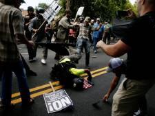 """Violences à Charlottesville: Trump condamne la violence """"venant de diverses parties"""""""
