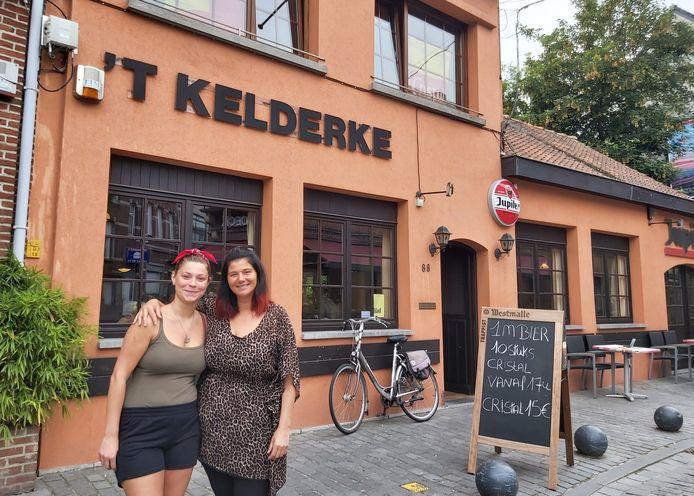 Anneke Henderickx, hier met haar dochter Inneke, baat voortaan 't Kelderke uit.