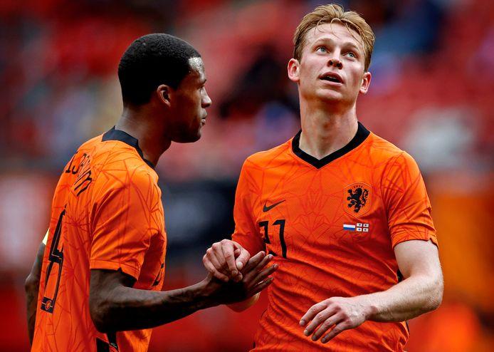 Frenkie de Jong en Georginio Wijnaldum.