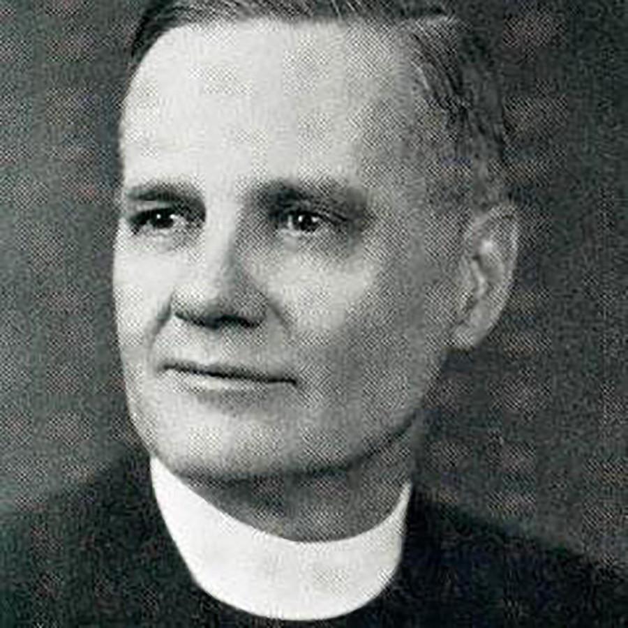 Pastoor William Bowdern.