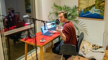 Preventief in quarantaine, maar Qmusic-dj Sam De Bruyn presenteert van huis uit