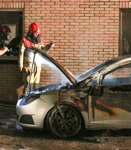 Tieners opgepakt voor brandstichting Urk, mogelijk betrokken bij serie branden