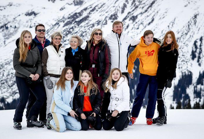 De koninklijke familie vorig jaar tijdens de jaarlijkse fotosessie in Lech.