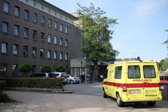 Een vrouw werd overgebracht naar het ziekenhuis (themabeeld)