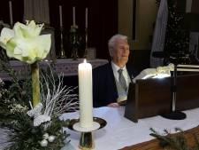 95-jarige pastoor denkt nog lang niet aan stoppen