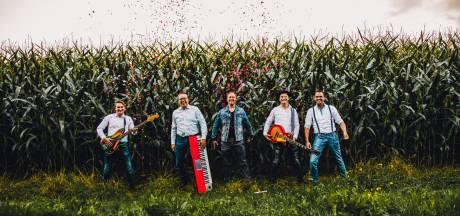 Heeft deze band uit de Kop van Overijssel de feesttenthit van deze zomer te pakken?