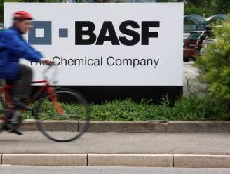 """Klacht tegen BASF Antwerpen: """"Ze hielpen Syrië aan grondstof voor gifgas"""""""