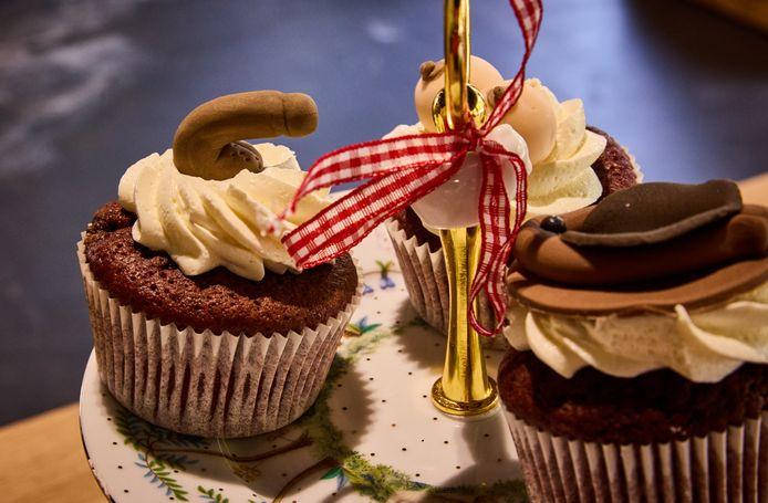 In de pop-up-store van Sex Education werden 'kutcakes' geserveerd, compleet met chocolade penissen en vulva's