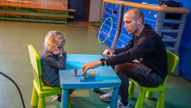 Noëmie legde samen met haar klasgenootjes van De Springplank als eerste Vlaamse kindjes de taaltest af en wij volgden mee