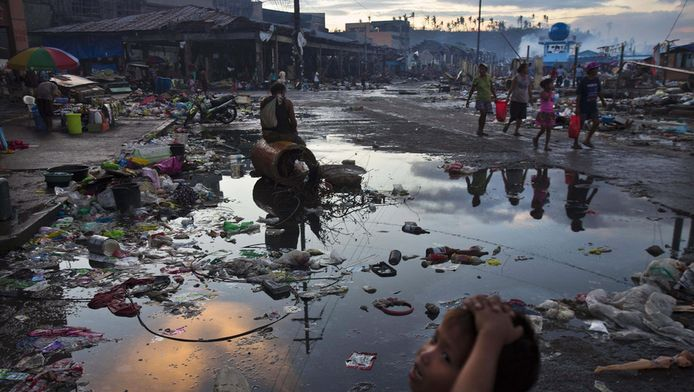 Het zwaargetroffen Tacloban vorige maand.