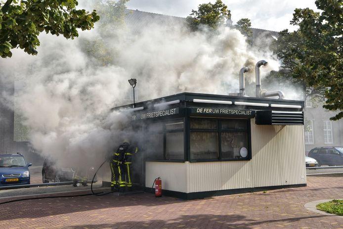 De brand in frietzaak De Fer in Breda.