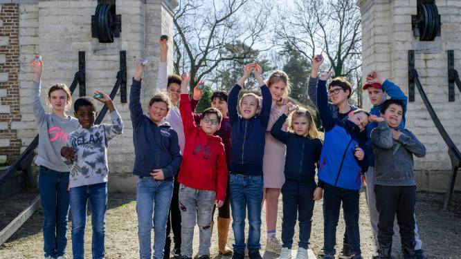 """Kinderen Het Laar verstoppen 'happy stones' in de stad: """"Voor glimlach op gezichten zorgen"""""""