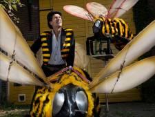 Theatermaker Frank Agricola (62) overtreft zichzelf met deze bijzondere 'bijenattractie'