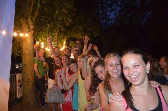 In 2012 werd er tijdens de parkconcerten in Ninove tevergeefs een gooi gedaan naar het wereldrecord polonaisedansen.