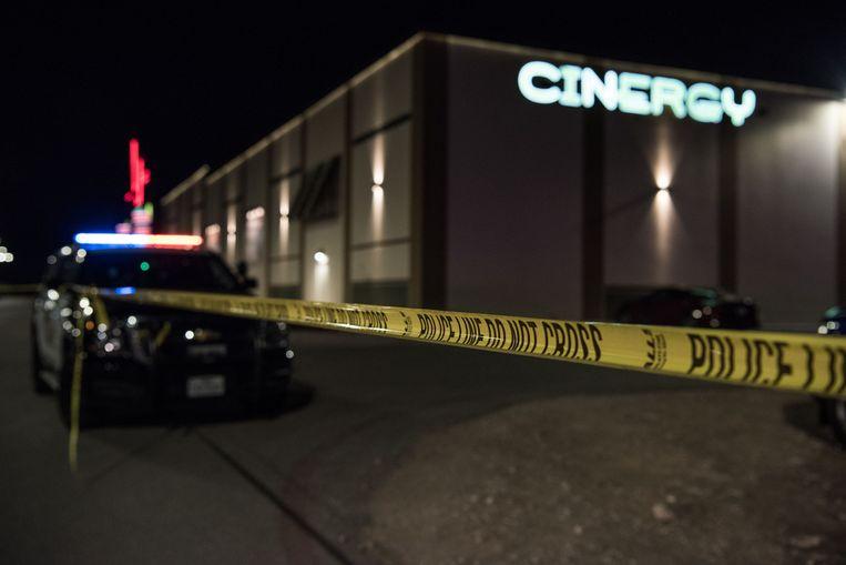 De politie schoot de schutter dood in een bioscoopcomplex in Odessa. Beeld AFP