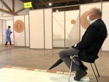 """Portes ouvertes ce week-end au centre de vaccination du Heysel: """"Se faire vacciner sans rendez-vous"""""""