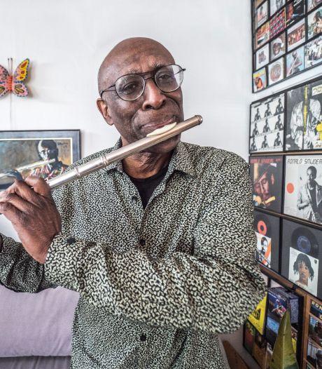 Van muziek kan hij leven, dat is alles wat hij wil: 'Ik schrijf geen hits, ik maak muziek'