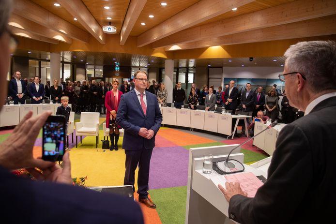 Installatie burgemeester Harald Bouman van de Noordoostpolder in 2018 door de commissaris van de Koning Leen Verbeek.