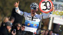 30! Autoritaire Van der Poel evenaart met zege in Hulst record van Nys